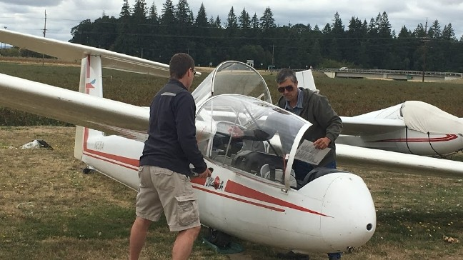 Soaring with wings but no engines: Glider pilots say they do it for