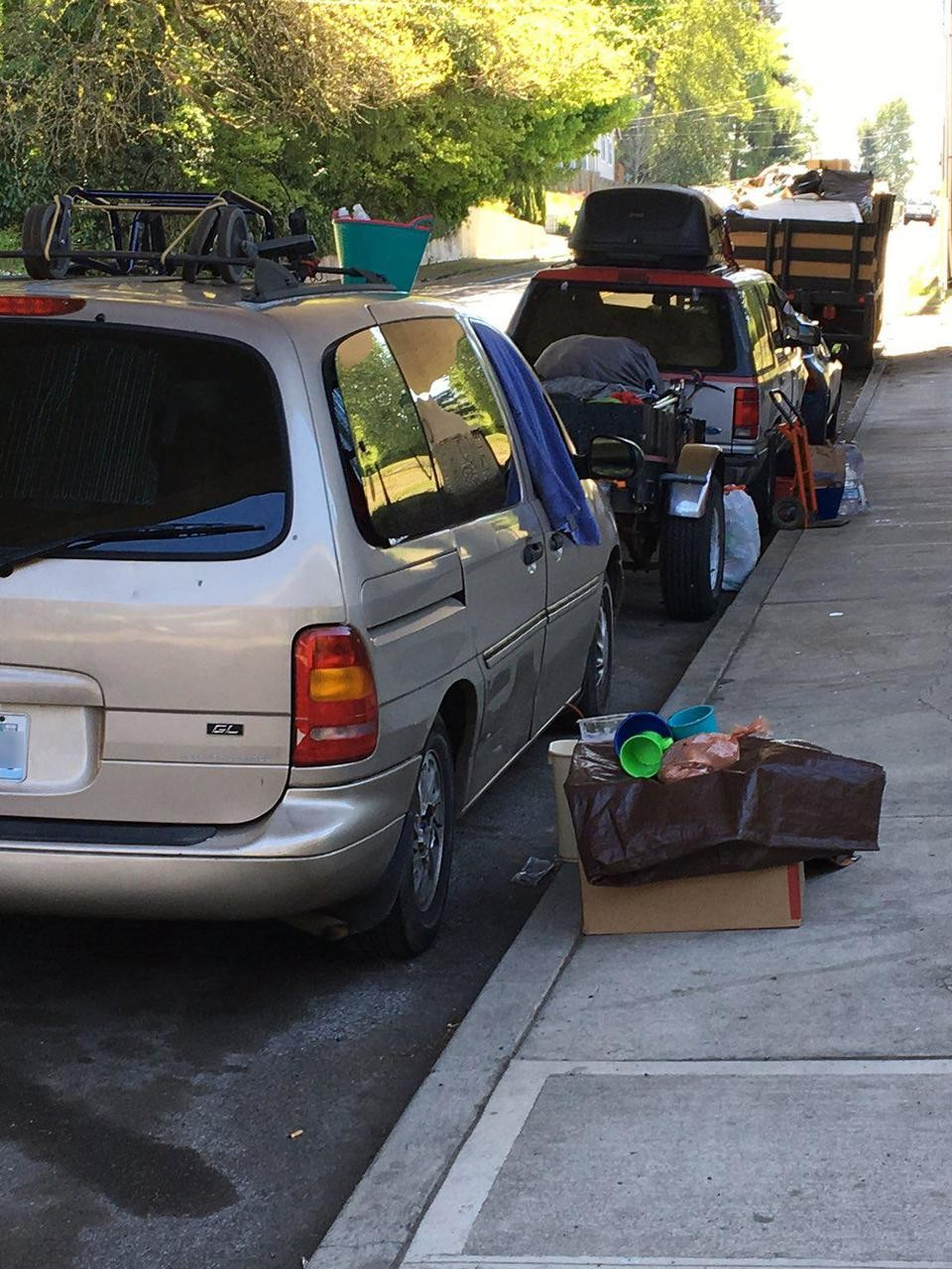 How Do You Report Abandoned Or Occupied Vehicles In Portland Neighborhoods Katu