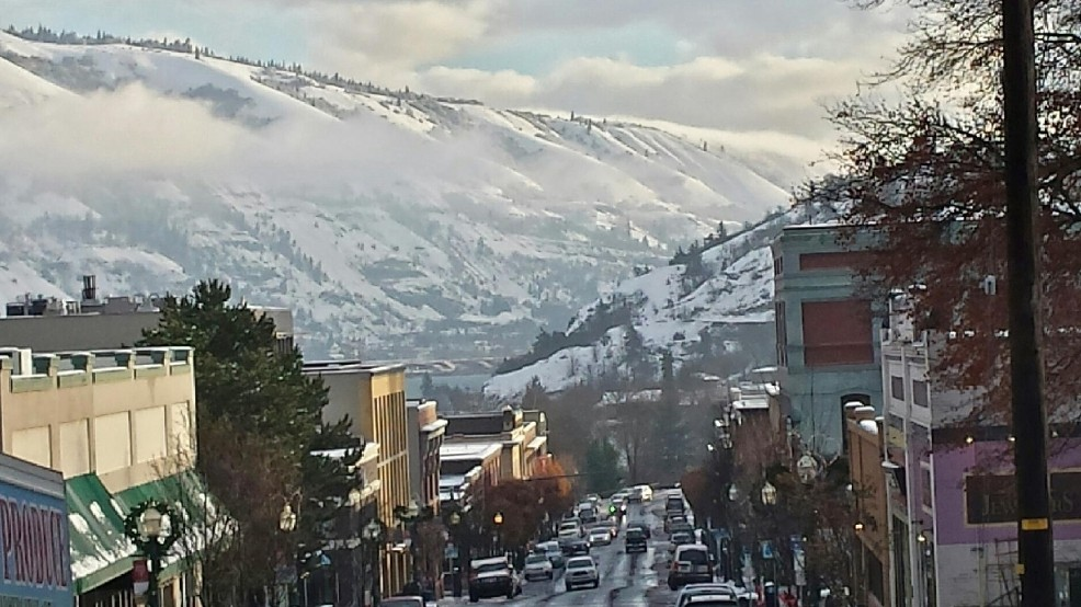 Storm set to drop another foot of snow in Hood River County