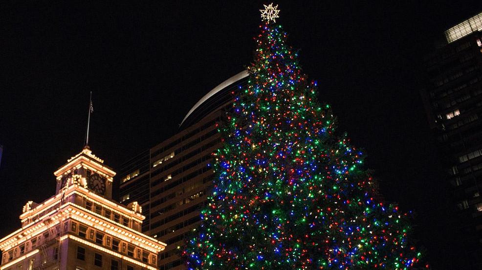Portland radio station starts up holiday music for 2020 | KATU