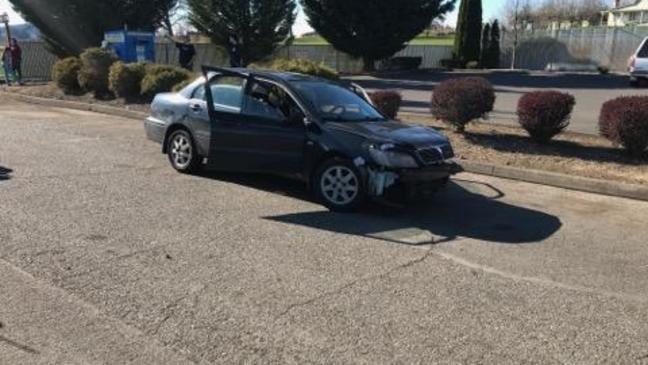 Deputies arrest teen with suspended license, suspected of