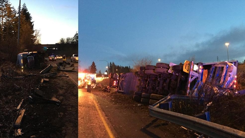 Semi driver cited for rollover crash that closed I-205 south in