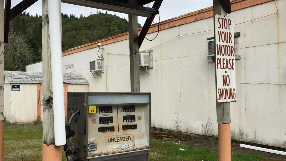 New law OKs self-serve at rural Oregon gas stations, but will