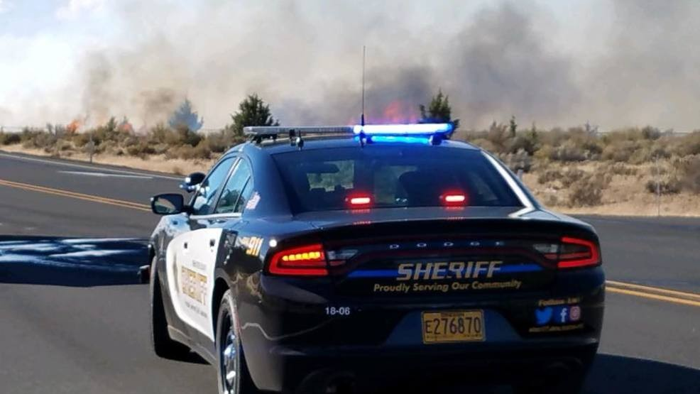 Deschutes County Sheriff's Office lowers some evacuation