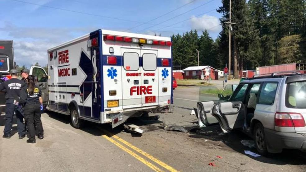 Sweet Home ambulance involved in crash while transporting patient | KATU