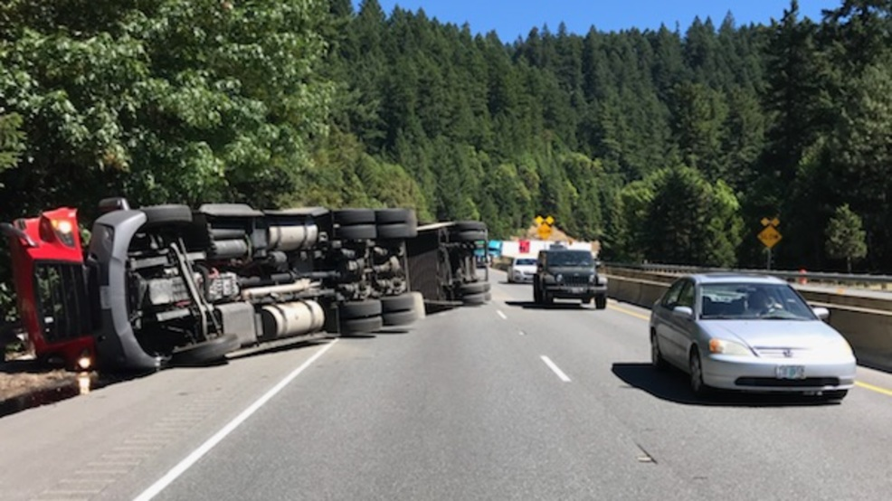 I-5 northbound blocked by overturned semi between Grants Pass and